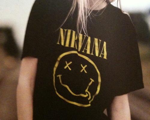 Bluzka Nirvana...