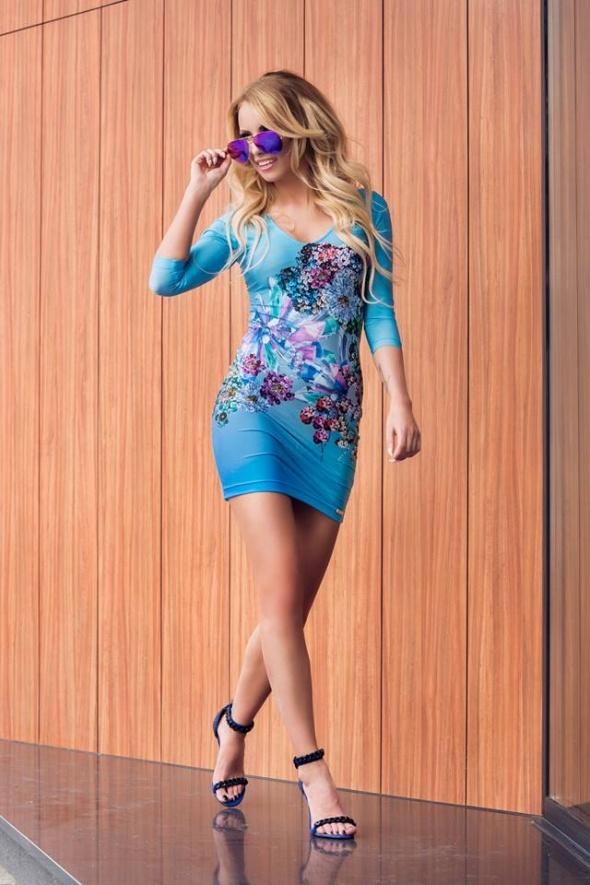 Sukienka Yu Mi niebieska z nadrukiem kwiaty diamenty...