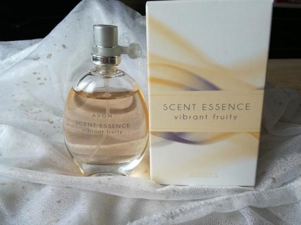 Perfumy scent essence...