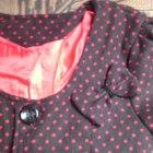 sukienka narzutka płaszczyk kropki