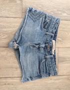 Jeansowe szorty zara xs 34 z dżetami