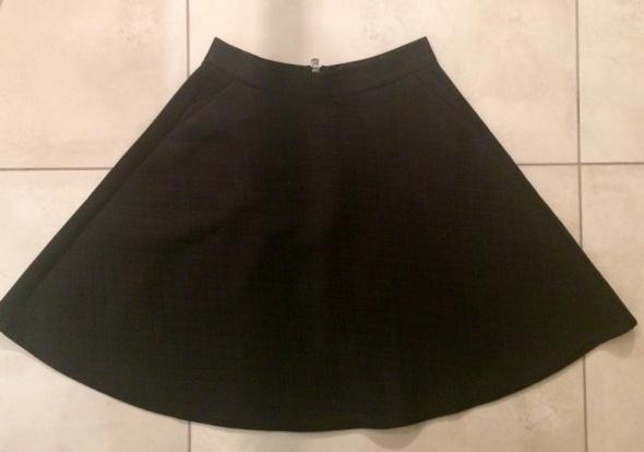 Spódnice Czarna spódnica Reserved r 38M