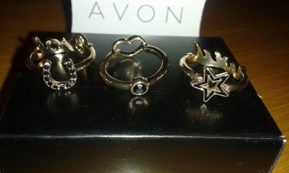 Zestaw pierścionków dwustronnych Avon...