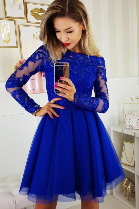 889e7e3bbc Suknie i sukienki Zjawiskowa sukienka z koronką chabrowa odkryte ramiona