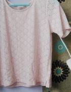 Piękna koronkowa bluzka z krótkim rękawem pudrowy róż