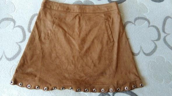 Spódnice Karmelowa spódniczka kieszonkizamszowa hippie M