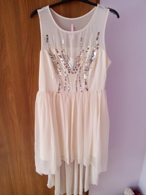 Lipsy Beżowa sukienka asymetryczna elegancka...