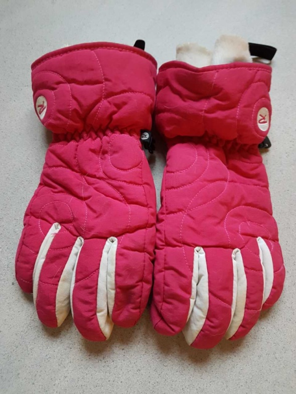 Rossignol pink and black