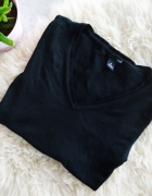 Sweterek czarny klasyczny dekolt w serek H&M basic S