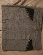 Mini szara spódnica zamki zipy