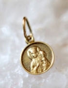 złota zawieszka medalik matka boska stare złoto
