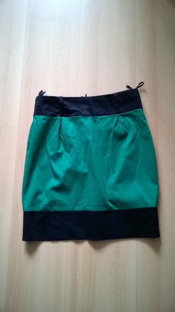 Czarno zielona spódnica prosta z kieszonkami