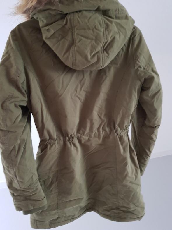 Kurtka zimowa SINSAY płaszcz parka rozmiar M w Odzież