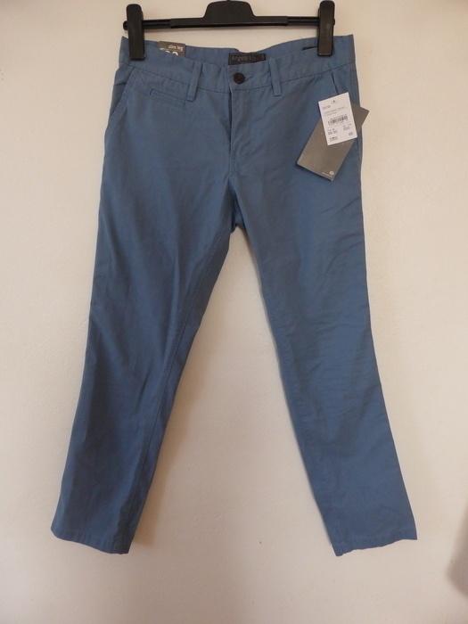 Jasne spodnie męskie błekitne...