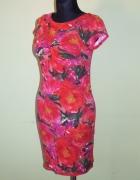 sliczna sukienka Quiosque rozmiar 38...