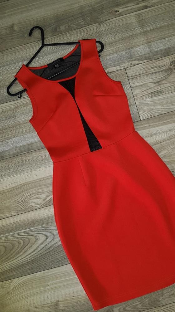 czerwna mini sukienka siatka