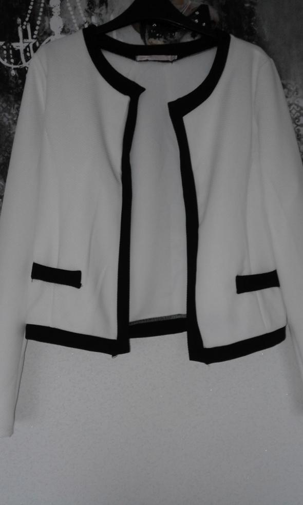 Biały żakiet