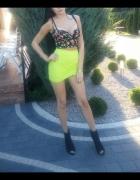 Zara Asymetryczna spódnica mini neonowa