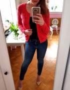 Czerwony sweter w serca serduszka M 38