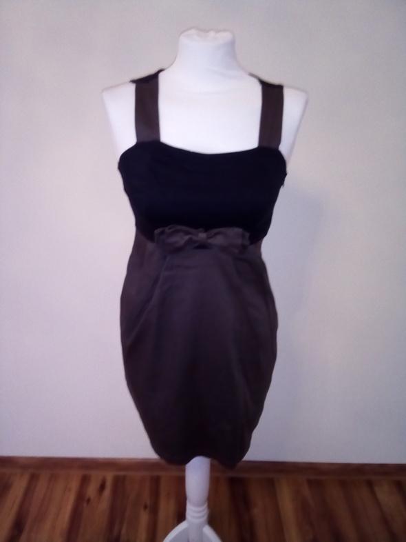 Suknie i sukienki Urocza sukienka S