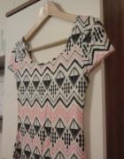 Sukienka sexi z New Look azteckie wzory rozm S