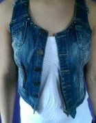 kamizelka jeans z ćwiekami cieniowana