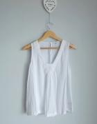NEXT biała bluzka z koronką...