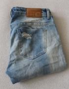 jasne spodnie jeansy zara