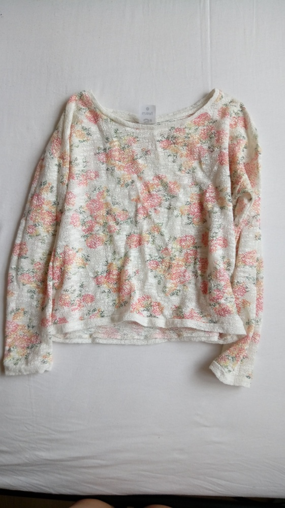 Bluzka typu crop top