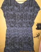 Rewelacyjna sukienka koktajlowa w roz 48 zobacz...