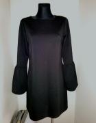 Czarna sukienka falbanka L...