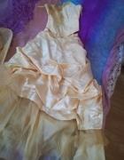 Piękna suknia królewny 36
