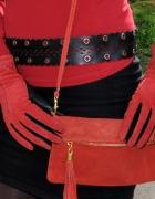 czerwono czarne rękawiczki