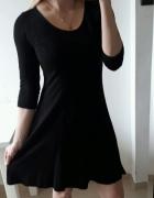 Atmosphere sukienka czarna rozkloszowana M 38