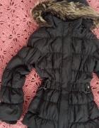 Puchowa kurtka śliczna 146 z futerkiem