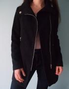 Czarny klasyczny płaszczyk Bershka XS 34 S 36 płaszcz na wiosnę...