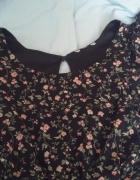 czarna sukienka w kwiaty S