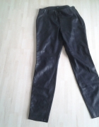 Czarne spodnie rurki z ekoskórki zip z boku roz XL42 jak nowe...