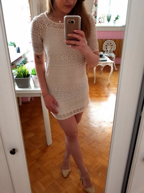 Suknie i sukienki Kremowa koronkowa sukienka koronka H&M XS 34