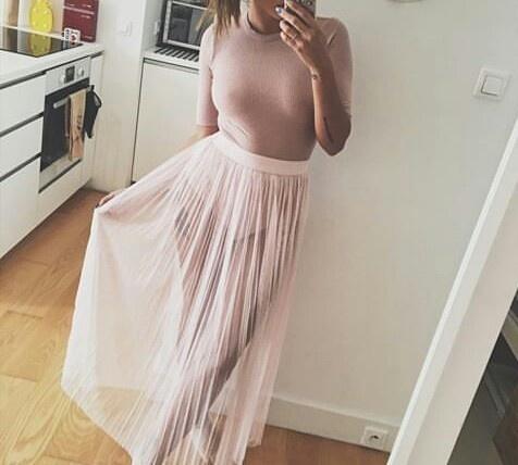Pudrowo różowa bluzeczka w prążek