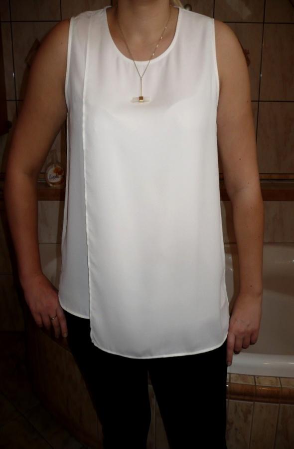 białą bluzka NOWA ML reserved mgiełka falbanka