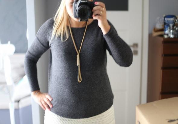 sweterek grafitowy M