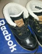 Czarne buty damskie na zimę reebok