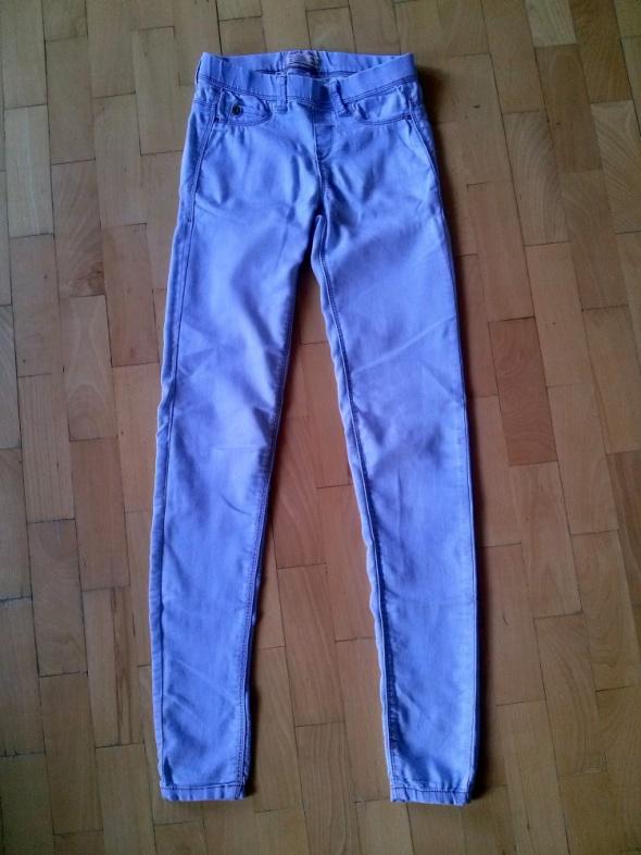 Spodnie spodnie rurki tregginsy jasny jeans 34XS pull&bear