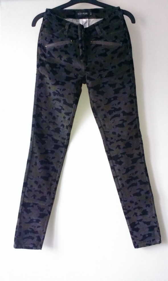NOWE spodnie moro bodyflirt 34 XS