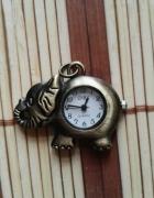 zawieszka słoń z zegarkiem