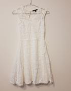 Biała sukienka Koronkowa S