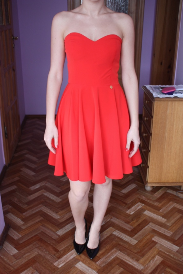 Czerwona sukienka SUKIENKOWO