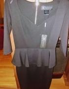 Kardashian Colletion czarna elegancka sukienka z baskinką