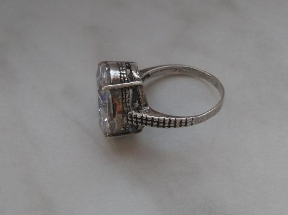 Antyczny srebrny 925 pierścionek z cyrkonią